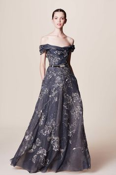 Marchesa Resort 2017: Midnight blue with gold reminds me of the  night sky filled with beautiful stars!