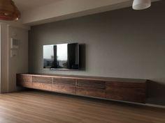 Living Room Wall Units, Living Room Tv Unit Designs, Bedroom Cupboard Designs, Living Room Interior, Home Living Room, Home Interior Design, Tv Unit Decor, Classy Living Room, Furniture Design