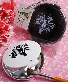 Classy Compacts Collection calla lily design compact mirror favors