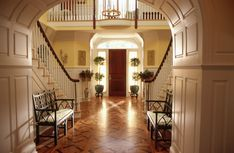 Sarah's entrance hall from 'the Stepford Wives'. Movie Set Decor, Double Staircase, Decoration Entree, Grand Foyer, My Dream Home, Dream Homes, Humble Abode, Interior Inspiration, Beautiful Homes
