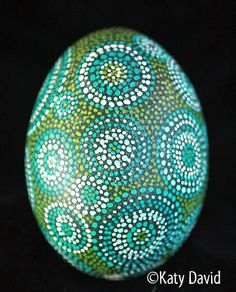 Blue and Green Dotted Modern Pysanka Dot Painting Tools, Dot Art Painting, Rock Painting, Egg Crafts, Easter Crafts, Rock Crafts, Arts And Crafts, Easter Egg Pattern, Easter Egg Designs