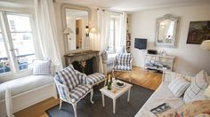 Rent our 1 bedroom apartment Pomerol on the Left Bank in the 7th Arrondissement with a view of the top of the Eiffel Tower and near rue Cler. Book online today!