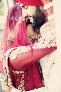 Desi Weddings – punjabi wedding couple