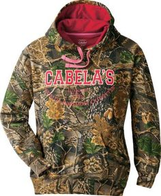 Cabela's Women's Varsity Print Hoodie – it's got the perfect fit to keep warmth in and cold out.