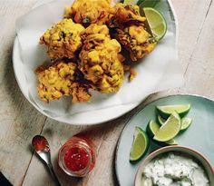 Spiced Chickpea Pakoras with Coconut Raita Recipe Chickpea Recipes, Vegan Recipes, Frozen Vegetables, Veggies, Vegetable Pakora, Vegetarian Snacks, Indian Food Recipes, Ethnic Recipes, Love Food