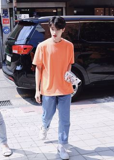 bruh idk who this is but hes so cute? Daddy And Son, Dsp Media, Fashion Idol, Twin Brothers, Songs To Sing, Asian Men, Asian Guys, One In A Million, Cute Guys