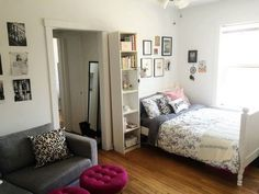 Beautiful Studio Apartment Decor Ideas On A Budget. If you are looking for Studio Apartment Decor Ideas On A Budget, You come to the right place. Bedroom Decor On A Budget, Decorating On A Budget, Home Decor Bedroom, Bedroom Ideas, Studio Apartments, Studio Apartment Decorating, Apartment Ideas, Master Bedroom Design, Floor Decor