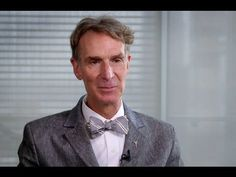 Bill Nye / this video just made me smile so, so hard.