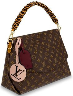 Louis Vuitton Beaubourg Bag From elegant to funky, but featuring an iconic France name. Beaubourg is an area within the arrondissement of Paris. This bag is contemporary looking Gucci Handbags, Louis Vuitton Handbags, Fashion Handbags, Purses And Handbags, Fashion Bags, Louis Vuitton Monogram, Cheap Handbags, Leather Handbags, Luxury Handbags