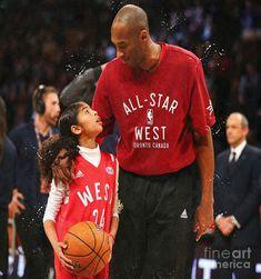 Kobe Bryant Family, Kobe Bryant 24, Lakers Kobe Bryant, Dear Basketball, Basketball Players, Basketball History, Basketball Shirts, Kobe Bryant Daughters, Kobe Bryant Quotes