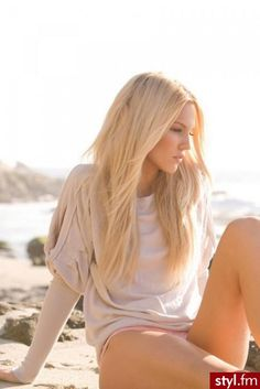 Fryzury Długie Na co dzień Proste Rozpuszczone Blond