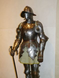knight_armor_middle_ages_ritterruestung_harnisch_metal_fight_historically-771290.jpg!d (1200×1600)