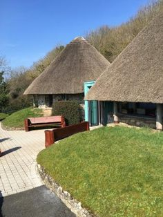 Lough Gur Visitor Centre - Picture of Lough Gur Visitor Centre, Limerick - Tripadvisor Limerick Ireland, Limerick City, Irish Limericks, Adare Manor, Heritage Center, Trip Advisor, Centre, House Styles, Places