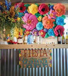Quinceanera Party Planning – 5 Secrets For Having The Best Mexican Birthday Party Mexican Fiesta Party, Fiesta Theme Party, Mexican Fiesta Decorations, Mexican Desserts, Party Kulissen, Party Time, Party Ideas, Fiestas Party, Quinceanera Party