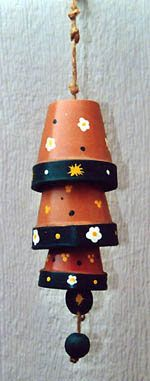 Clay Pot Wind Chimes - My Grandma loves windchimes, maybe I could make these b .Clay Pot Wind Chimes - My Grandma loves windchimes, maybe I could make these before summer ?Rustic Farmhouse Christmas Home Clay Pot Projects, Clay Pot Crafts, Diy Clay, Flower Pot People, Clay Pot People, Flower Pot Crafts, Flower Pots, Garden Crafts, Garden Art