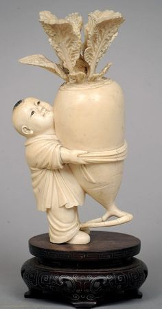 A century oriental carved ivory figure formed as a young boy holding a giant turnip, standing on a white metal inlaid hardwood plinth base. Le Morse, Buddha, Bone Carving, Japan Art, Art Object, Chinese Art, Chinoiserie, Sculpture Art, Oriental
