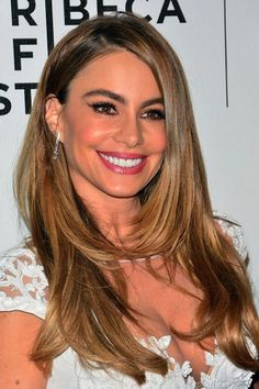 The Hottest Long Hairstyles & Haircuts For 2014 - Sofia Vergara