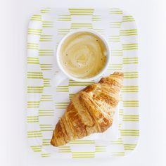 Northern lights tray for your breakfast by Sagalaga Design.