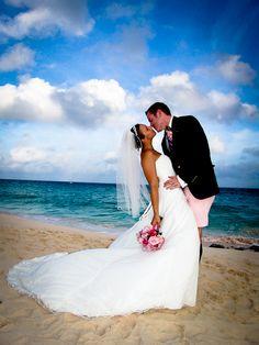 Bermuda Wedding photographs Pink Beach Club Bermuda