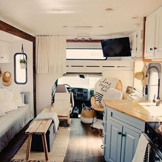 Living in an RV is such an amazing thing to do, right? When you need to makeover your RV interior, you can consider farmhouse style. Rv Interior, Interior Decorating, Interior Design, Interior Ideas, Decorating Ideas, Farmhouse Furniture, Farmhouse Decor, Farmhouse Style, Farmhouse Ideas
