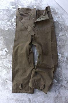フランス軍のモーターサイクルパンツ!1940年代のdead!フロントのポケットがブッシュパンツみたいで良い!