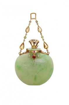 Jadeite scent bottle pendant with jewels