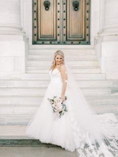 """This Parisian Inspired Wedding Has Us Saying """"Oui"""" To All The Chic Details The Chic, Boho, Elegant, Parisian, Inspired, Wedding Dresses, Fashion, Marriage Dress, Classy"""