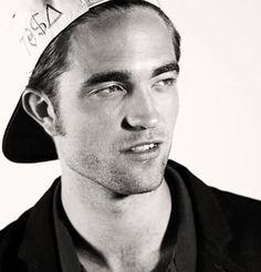 Cosmopolis Promo - MTV First [Robert Pattinson]
