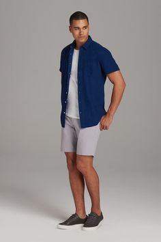 Everything you need to stay and look cool. Lockdown your summer look with our retro-inspired tailored shorts. Fall College Outfits, Summer Outfits Men, Preppy Outfits, Bbq Outfits, Rock Outfits, Hipster Outfits, Summer Men, Summer 2016, Mens College Fashion