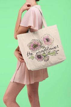 This design will make a great gift for the plant lover in your life or anyone who appreciates vintage hand-drawn flora. This gorgeous watercolor print is easy to maintain, choose your color, and buy now. Reusable Shopping Bags, Reusable Bags, Rogue Wave, Laptop Bag For Women, Aesthetic Design, Wave Design, Botanical Flowers, Canvas Tote Bags, Cotton Tote Bags
