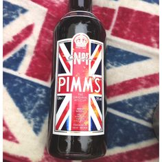 Pimms for the jubilee at Hampton Court Palace picnic - June 2nd 2012