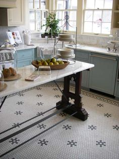 Kitchen Island + hexagon tile