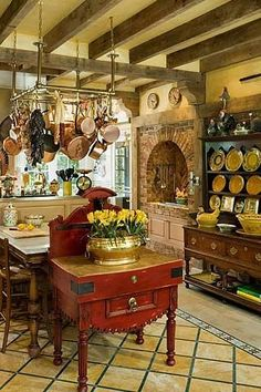 Rustic Italian Home Country House Design, Country Kitchen Designs, French Country Kitchens, Kitchen Country, Country French, Country Living, Vintage Country, Tuscan Kitchens, Kitchens With Fireplaces