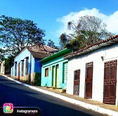 @travelingyourlife nos comparte esta imagen  Utilizando el HT #Igersfalcon . .  Pueblitos de Venezuela Churuguara Falcón . .  #instapic #picoftheday #photooftheday #igersvenezuela  #photo #sunrise  #instagood #sunset #falcon #venezuela #sky #igersfalcon #puntofijoguia #paraguana #clouds #venezuelahermosa