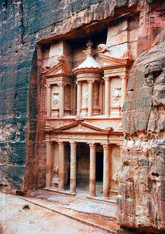 The Treasury Al-Khazneh, Petra, UNESCO World Heritage Site, Wadi Musa Mousa, Jordan, Middle East by Gavin Hellier