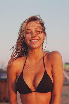 Alexis Ren #smile