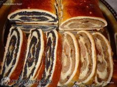Hungarian Desserts, Strudel, Edible Flowers, Hot Dog Buns, My Recipes, Sausage, Sweet Tooth, Muffin, Sweets