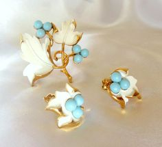 Sarah Coventry Brooch and Earring Set Placid Beauty by Ladysfancys, $22.00