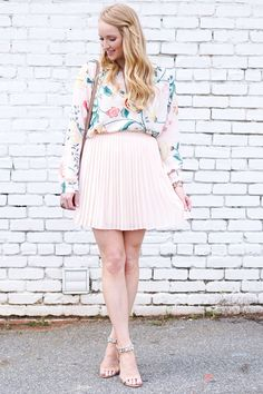 spring wedding wear, how to style a skirt and top , spring wedding guest outfit,