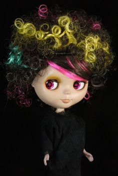Hey, I found this really awesome Etsy listing at https://www.etsy.com/listing/223467438/colorful-short-afro-curly-wig-blythe-and