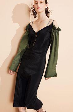 Nina Ricci Resort 2017 fashion show - Pre-Spring-Summer 2017 collection, shown June 2016 Fashion Week, Fashion 2017, Love Fashion, Runway Fashion, High Fashion, Fashion Show, Autumn Fashion, Fashion Looks, Fashion Trends