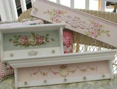 Love these shabby Chic  shelves.