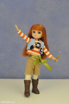 Lottie Doll - Pirate Queen