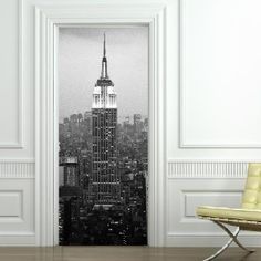 Sticker du jour : Trompe l'oeil New York Empire State Building, Deco New York, Deco Stickers, Nyc, Inside Outside, Roller Shades, City Architecture, First Home, Decoration
