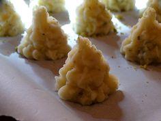 Alberelli di patate Polenta, Cauliflower, Vegetables, Desserts, Food, Xmas, Food And Drinks, Tailgate Desserts, Deserts