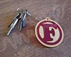 Chaveiro personalizável, perfeito para usar no molho de chaves da sua casa  ou dar de edf38c60ba
