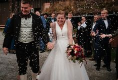 Norske bryllup - fjellbryllup i Hemsedal Lace Wedding, Wedding Dresses, Stella York, Fake Tattoos, Fashion, Bride Dresses, Moda, Bridal Gowns, Fashion Styles