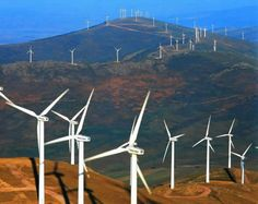 Nuevos paisajes españoles : las eolicas. Remedio economico vs respeto de la naturaleza?
