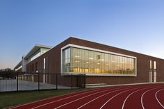 Gallery of Baton Rouge Magnet High School / Chenevert Architects + Remson|Haley|Herpin Architects - 8