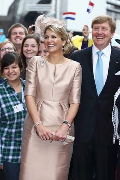 King Willem-Alexander and Queen Maxima of The Netherlands alongside Hannelore Kraft, Governor of North Rhine-Westphalia, visit the MMID in Essen; the couple also visited Wilhelms University at 'Haus der Niederlande' in Muenster today. The Royal couple conclude their visit to Germany today.  Source: Andreas Rentz/Getty Images Europe